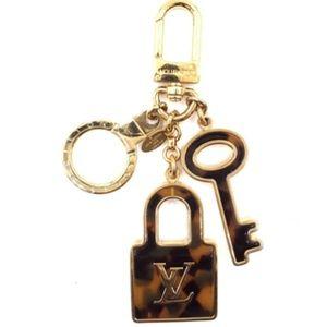 Tortoise Gold  Lv Logo Lock and Key Key Ring Chain